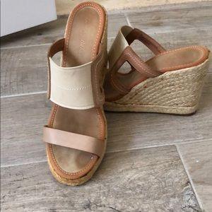 Tommy Bahama wedge sandal